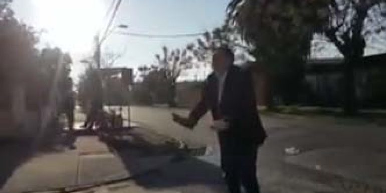 """[VIDEO] """"El loco murió"""": el predicador que a todos nos da una lección"""