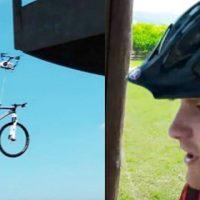 [VIDEO] ¡Insólito! Dron sorprende a jóvenes y les roba una bicicleta